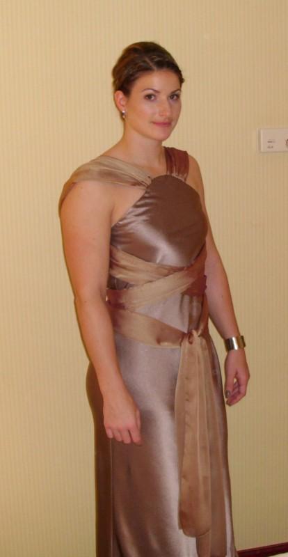 Braut-und Abendmode Linda Stahl